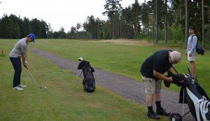 Philip Holm, Anders Nilsson och Pontus Netterberg gör sig redo.